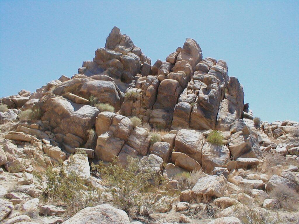Rocks east of Pass